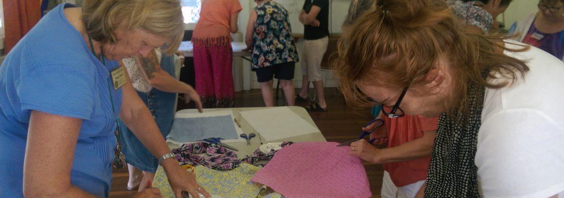 Saturday, 13 April 2019, 9 – 11 am – Making your own wax cloth wraps
